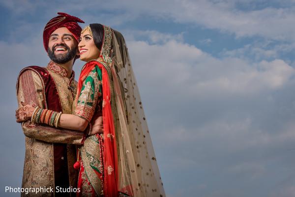 golden dupatta,indian couple,indian weddings