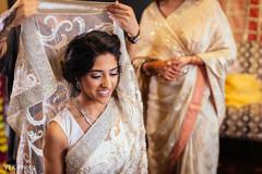 bridal saree,indian bridal fashion,getting ready