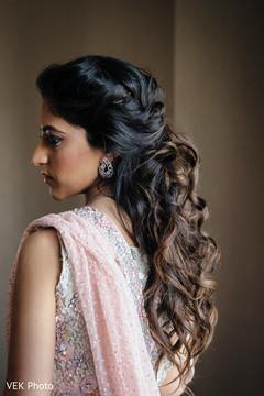 indian bride,hair and makeup,indian bridal fashion