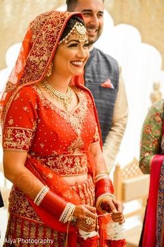 indian wedding ceremony,indian bride lengha,bridal jewelry