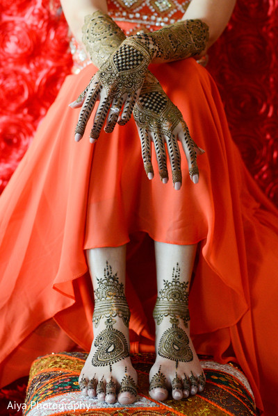 Astonishing indian bride's mehndi art in Glenview, IL Indian Wedding by Aiya Photography