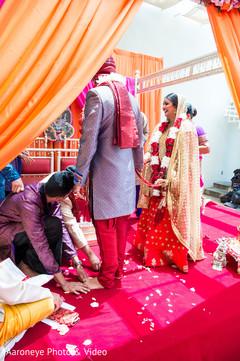 indian wedding ceremony,wedding traditions,mandap