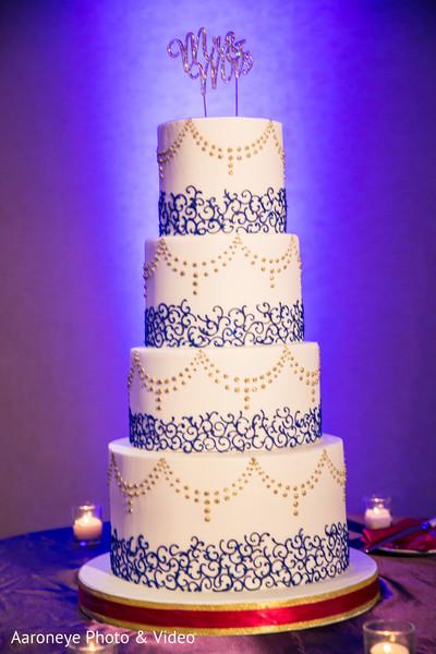 wedding cake,tier cake,mehndi cake