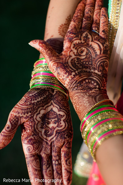 indian wedding gallery,outdoor photography,indian bridal jewelry,mehndi art
