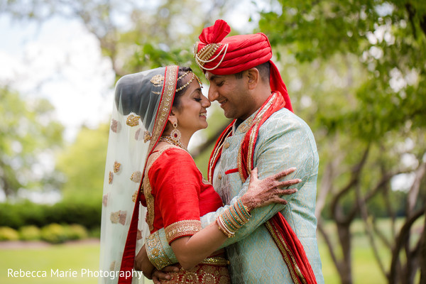 Outdoor indian wedding photo session
