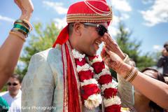indian wedding ceremony,milni ceremony,indian groom