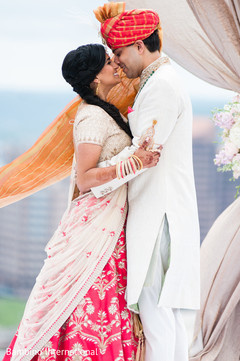 ndian bride lengha,indian groom fashion,indian wedding gallery
