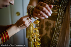 indian bride jewelry,getting ready,indian bride fashion
