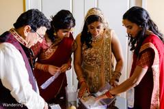 bridal lengha,indian bride fashion,indian bride jewelry