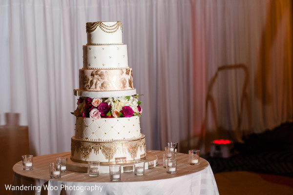tier cake,indian wedding cake,white wedding cake