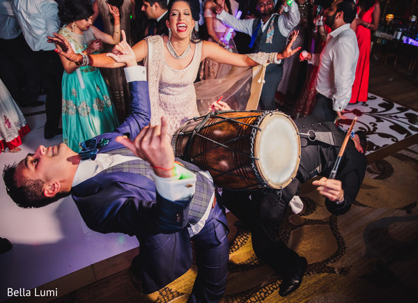 indian wedding reception,indian bride and groom,indian wedding reception photography,dhol player