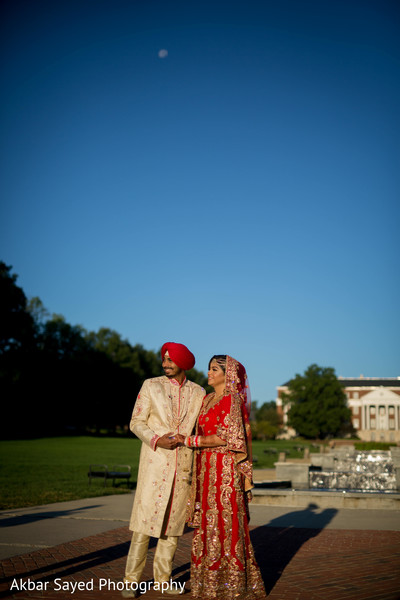 Lovely indian bride and groom's capture