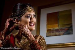 indian bride,getting ready,bridal jewelry