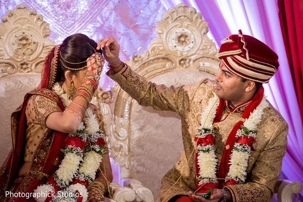 indian wedding ceremony,indian bride and groom,sindhoor