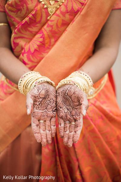 indian bride,indian wedding photography,indian bridal mehndi