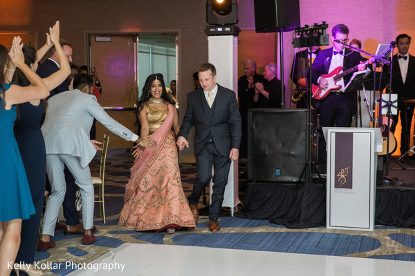 indian wedding reception,live music,indian bride and groom