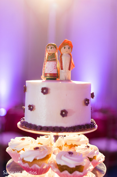 indian wedding reception,indian wedding cake topper
