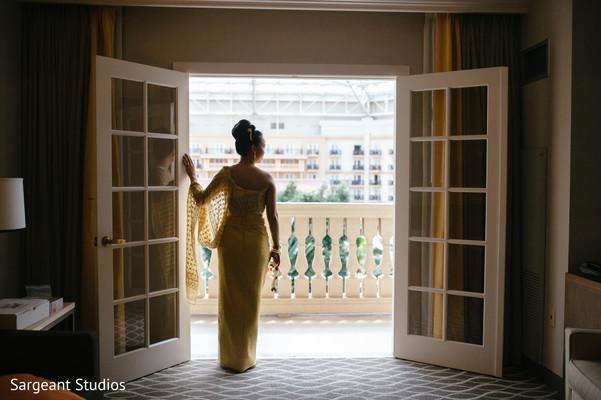 indian bride,indian fusion wedding,bridal fashion