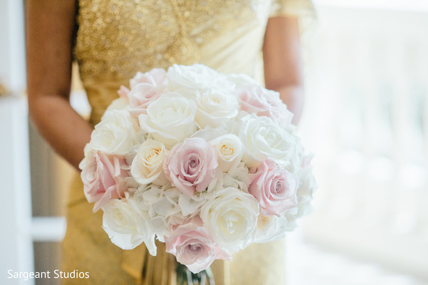 indian bride,bridal bouquet