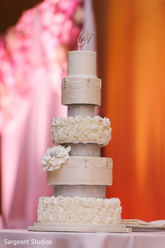 indian fusion wedding reception,floral and decor,wedding cake