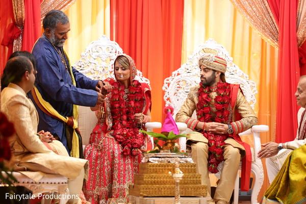 Fairy-tale Hindu marriage ceremony.