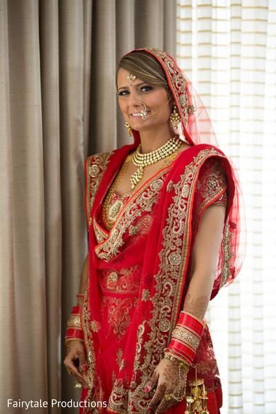 Beautiful Maharani all dolled up.