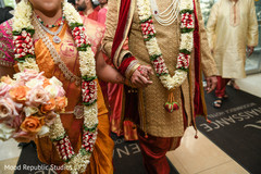 indian bride and groom,indian wedding ceremony photography,indian wedding ceremony