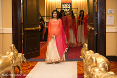 indian wedding ceremony,indian bridesmaids,indian bridesmaids' fashion