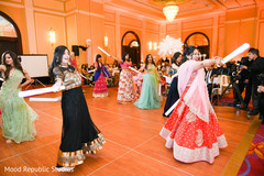 indian wedding reception,indian wedding reception photography,indian bride fashion