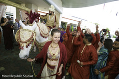 indian wedding baraat,baraat procession,baraat horse,indian groom fashion