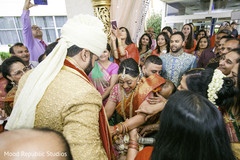 indian wedding baraat,baraat procession,baraat horse,indian bride and groom