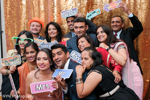 Indian wedding reception photo booth props | Photo 136985