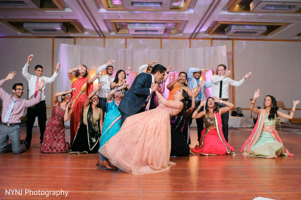 indian wedding reception,indian wedding reception photography,indian wedding reception performers,indian bride and groom
