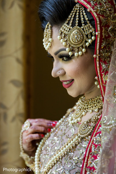bridal jewelry,indian bride fashion,indian bride hair and makeup