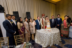 indian wedding,wedding cake