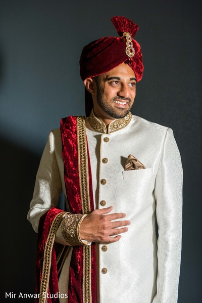 Perfect Indian groom wear.