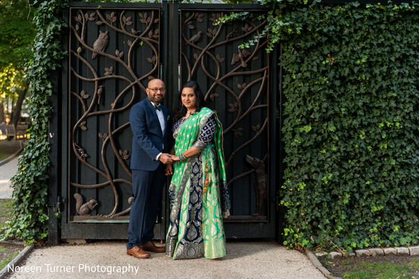 indian bride and groom,portrait,reception fashion