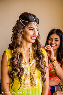 Gorgeous indian bride pre-wedding style.