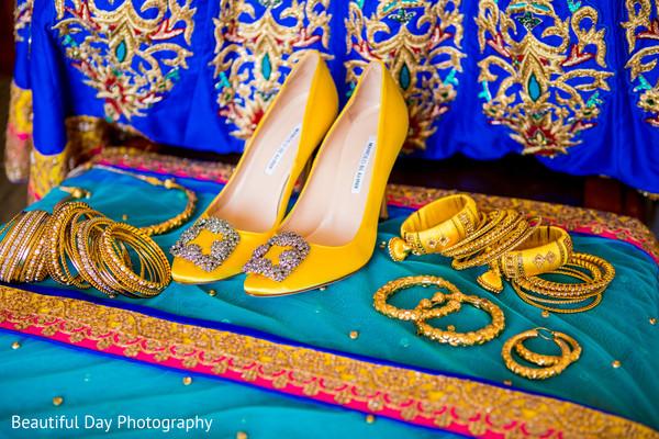 Splendid Indian bride  pre-wedding attire.