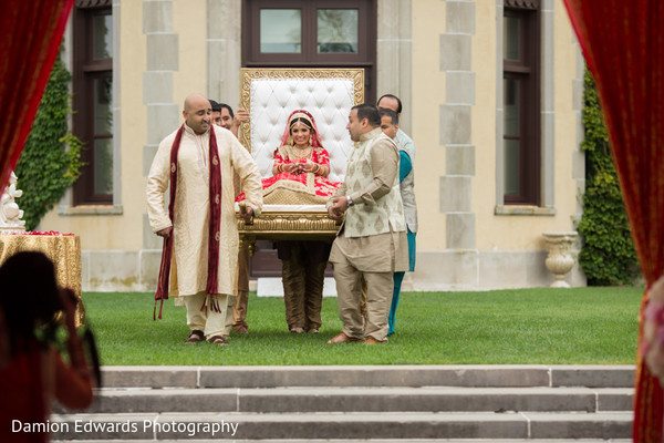 indian wedding ceremony,indian wedding photography,indian bride,palanquin