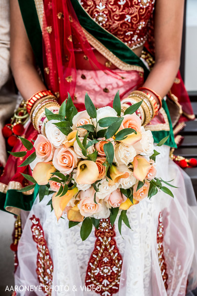 outdoor photography,indian wedding gallery,indian bride,indian bridal bouquet