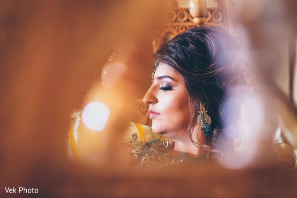 Flawless Indian bride makeup look.