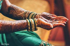 indian bride,bridal mehndi,henna indian wedding photography