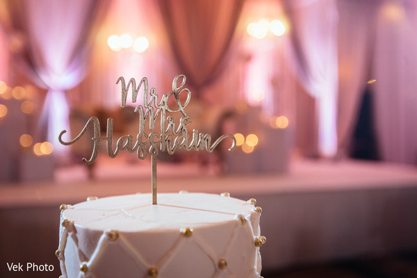 indian wedding reception,cake topper,indian wedding cake