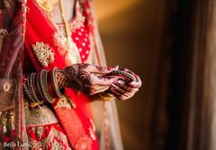 indian bride,bridal mehndi,bridal bangles,indian bride accessories