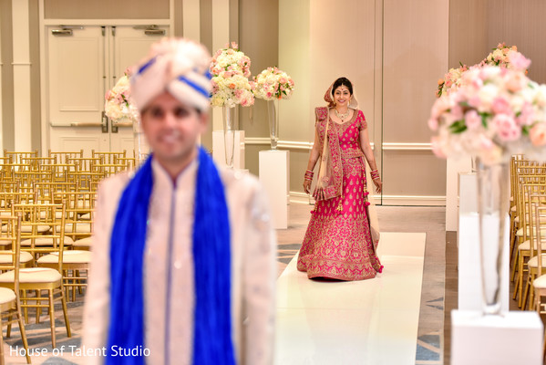 first look photography,indian wedding gallery,indian bride and groom