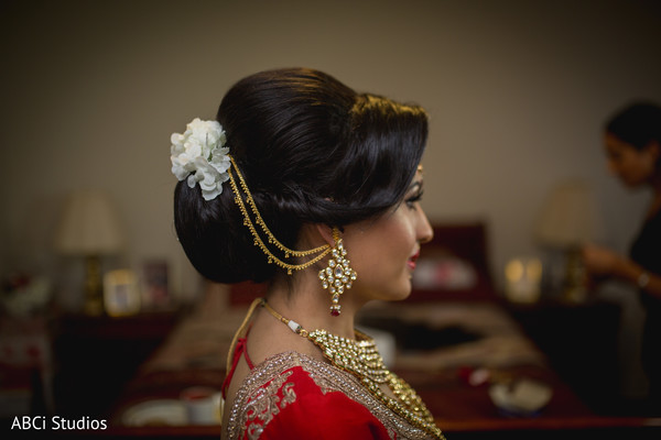 Swoon worthy Indian bridal hair accessories.