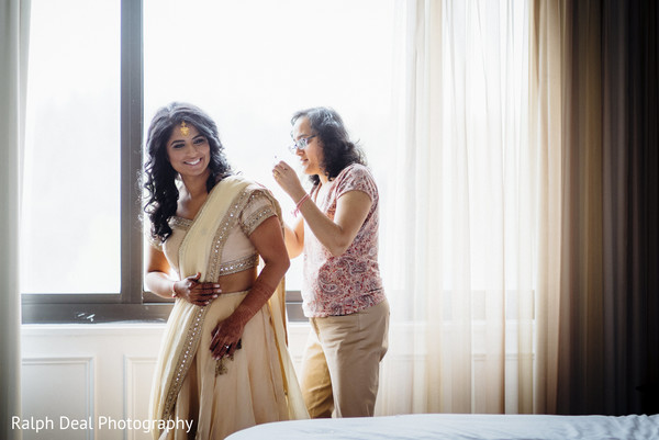indian bride getting ready,indian bride,indian bride fashion