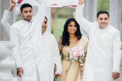 Dazzling indian bride's entrance
