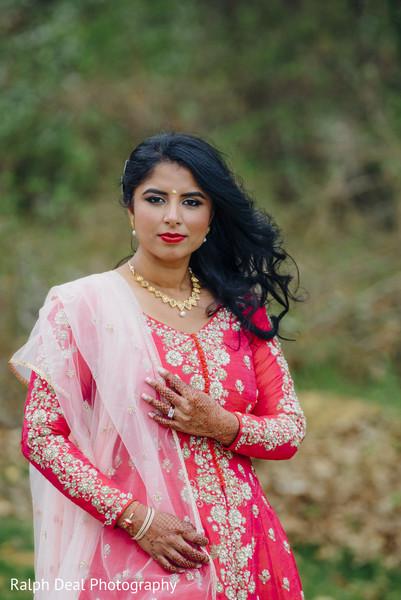 Glamorous indian bride's wedding reception style